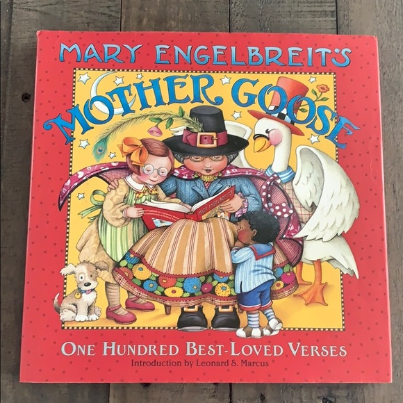 Mary Engelbreits Other - Mary Engelbreit's Mother Goose Book 📖